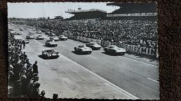 CPSM LE MANS SARTHE CIRCUIT DES 24 HEURES LE DEMARRAGE DES VOITURES DE COURSE ED GEORGET DOLBEAU 1967 - Le Mans