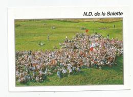 38 Isère Notre Dame De La Salette Un Rassemblement De Jeunes - La Salette