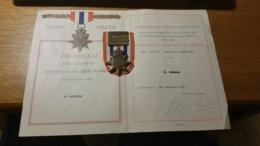 Medaille / Medal - Rijksdelen -voor Orde En Vrede , Onderscheiding - The Netherlands - Medaglie