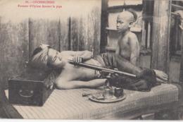 COCHINCHINE: Fumeur D'Opium Fumant La Pipe - Viêt-Nam