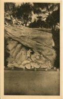 CPA - SALON-DE-PROVENCE - MONUMENT AUX MORTS  (IMPECCABLE) - Salon De Provence