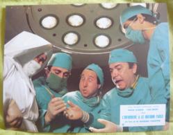 8 Photos Du Film L'infirmière A Le Bistouri Facile (1979) - Albums & Collections