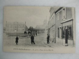 BRIIS SOUS FORGES - Place De La Mairie (animée) - Briis-sous-Forges