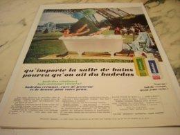 ANCIENNE  PUBLICITE PIED DE TOUR EIFFEL DOUCHE MASSAGE BADEDAS 1969 - Parfum & Cosmetica