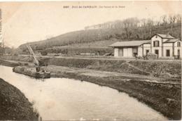 PORT DE CARHAIX LE CANAL ET LA GARE - Francia