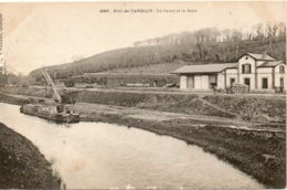 PORT DE CARHAIX LE CANAL ET LA GARE - Frankrijk