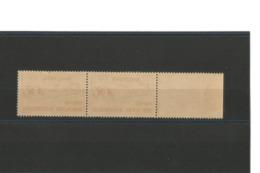 France 1953 Paire N°960 Bord De Feuille Natation - 1 Exemplaire Avec Infimes Traces Sur Dents Au Verso - Ongebruikt