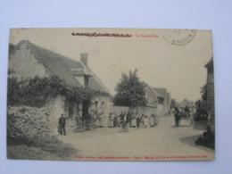 CPA Saint Aubin Sous Erquery.60. Oise. La Grande Rue. Belle Animation. - Other Municipalities