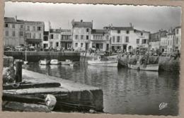 17 / ILE DE RÉ - La Flotte - Port Et Quais - Hôtel, Café, Commerces (années 50) - Ile De Ré