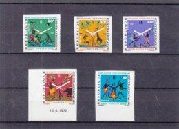 Centrafricaine - Yvert 177 / 81 ** - NON Dentelé - Horlogerie - Giraffes - Poissons - Singes - Faible Tirage - Clocks