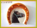 Clamecy ...Chevaux, Tour Fer à Cheval  N°3 Frison Marron.. Ref AFF : 61-2005 .. (boite 1) - Frühe Figuren