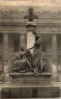 CPA Paris 6e Paris-Place De L'Odéon, Statue Emile Augier (312409) - Standbeelden