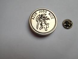 Beau Big Pin's , Azur Judo Nice , Alpes Maritimes - Judo