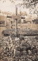 CARTE PHOTO ALLEMANDE AUTRY 1915 HELDENFRIEDHOF TOMBE DE Theodor BESSER LIR 26 (FRIEDHOF CIMETIERE) - Frankrijk