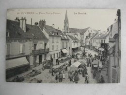 ETAMPES - Place Notre Dame - Le Marché (très Animée) - Markets