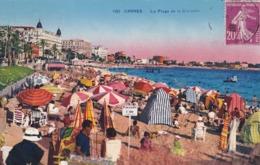 06 Cannes, La Plage De La Croisette N° 100 - Cannes