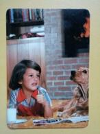 Kal 1- CALENDAR - CHILD, ENFANT, DOG, CHIEN - PORTUGAL-1989 - Calendars