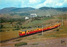 """LE PETIT TRAIN  """" Sang Et Or """" Reliant Villefranche A Latour De Carol   (cpsm) - Trains"""