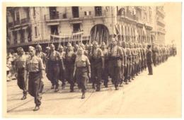 ALGER - DEFILE DE LA VICTOIRE  -2è GROUPE . 6e 5e P.  PHOTO REPORTAGE STUDIO ERBE -12 MAI 1946 - Krieg, Militär