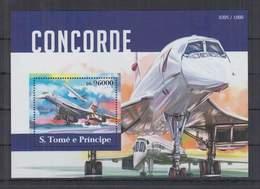 R705. S.Tome E Principe - MNH - 2015 - Transport - Aviation - Concorde - Bl - Flugzeuge