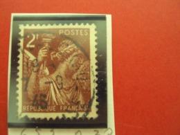 "1944-IRIS, Timbre Oblitéré N°  653   ""  2f Brun   ""     Net  0.30 - 1939-44 Iris"