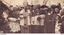 D46  ROCAMADOUR   Monseigneur L'Evêque De Cahors Benissant Les Fidèles  ..... - Rocamadour