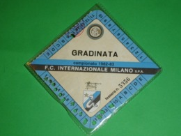 INTER CALCIO TESSERA ABBONAMENTO GRADINATE 1982-1983 MILANO INTERNAZIONALE Campionato - Autres Collections