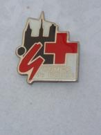 Pin's COMITE CROIX ROUGE DE ROUEN - Pompiers