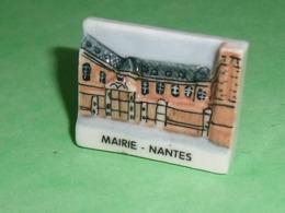 Fèves / Pays / Région : Mairie , Nantes , Perso    T119 - Regioni