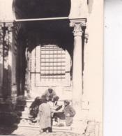 TUNISIE Tunis Ambiance De Rue 1923 Photo Amateur Format Environ 7,5 Cm X 5,5 Cm Tirage Des Années 30 - Luoghi