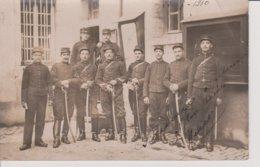 Carte Photo -  Militaires Avec Sabres - Regiments