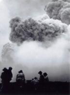 Martinique Ville De Saint Pierre Eruption Du Mont Pellee Le 8 Mai 1902 Nuee Ardente Apres 2(scan Recto-verso) MA1090 - Martinique
