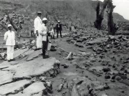 Saint Pierre Eruption Du Mont Pellee Le 8 Mai 1902 Nuee Ardente Apres Pierre Ruines 8(scan Recto-verso) MA1090 - Martinique
