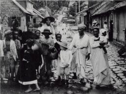 Saint Pierre Eruption Du Mont Pellee 8 Mai 1902 Nuee Ardente Avant 29(scan Recto-verso) MA1090 - Martinique