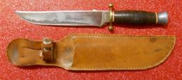 Ww2 Couteau Et étui Chantier De Jeunesse CJF Ou Scout Fabrique Sabatier Jeune Lame 18cm Colissimo France Inckus - Blankwaffen