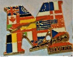 Rare Pin's Mémorial De Caen Normandie - Militaria