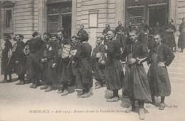 Z23- 33) BORDEAUX (GIRONDE) AOUT 1914  - ZOUAVES DEVANT LA FACULTE DES SCIENCES - (GUERRE - WW1 - 2 SCANS) - Bordeaux