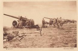 CPA - Régiment D'Artillerie Lourde Tracté - Batterie De 155mm - Regiments