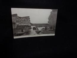 Militaria. Guerre  1914 - 18. Auto Allemande Tombée Dans La Marne .Cliché D' Après L ' Illustration.Voir 2 Scans . - Guerre 1914-18