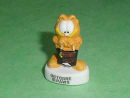 "Fèves / Dessins Animés / Film / BD : Garfield , Les Mois De L'année , Octobre  "" Mat ""  T72 - Cartoons"