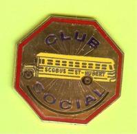 Pin's Autobus Bus Club Social St-Hubert - 6Y26 - Trasporti
