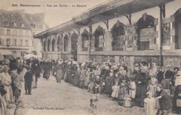 DOUARNENEZ:  Rue Des Halles - Le Marché - Douarnenez