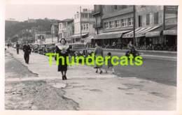 ANCIENNE PHOTO FORMAT CPA 8,5 CM X 14 CM MARSEILLE 1951 MOTO - Places