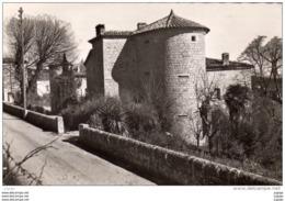 CHASSIERS   Le Château De La Mothe 2 Scans - Other Municipalities