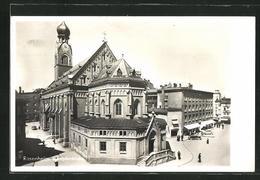 AK Rosenheim / Obb., Stadtpfarrkirche Mit Häuserzeilen - Rosenheim