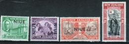 Niue 1946 Set Of Stamps Issued To Celebrate Peace. - Niue