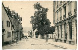 CPA 190? * GERARDMER Place Du Tilleul ( Petite Animation ) - Gerardmer