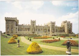 Postcard - Windsor Castle, Berkshire - East Terrace Garden At The Rear Of The Castle - Card No. PBK/23563 - VG - Cartes Postales