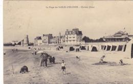 85.  LES SABLES D'OLONNE . CPA. LA PLAGE. CHALETS OUEST. ANIMATION .ANNEE 1924 + TEXTE - Sables D'Olonne