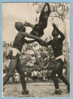 1977  CP  GUINEE  Danseuses Et Danseurs Région N'Zérékoré - Ministère De L'Information Et Du Tourisme ++++++++++++++++ - Frans Guinee